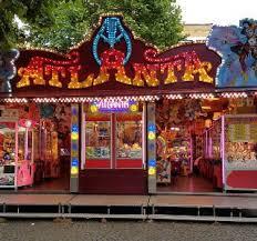 Lunapark-Amusementshal